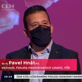 """IDS lecturer, assoc. prof. Pavel Hnát in Daniel Stach's special """"Earth in Need"""" on Czech TV"""
